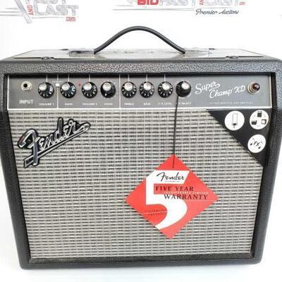 2066  Fender Super Champ XD 15 Watt Tube Guitar Amplifier Fender Super Champ XD 15 Watt Tube Guitar Amplifier