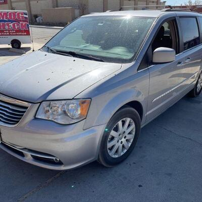 2016 Chrysler Town And Country Year: 2016 Make: Chrysler Model: Town & Country Vehicle Type: Van Mileage: 182415 182412 Plate: Body...