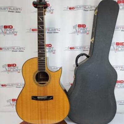 2020  Jean-Larrivee Guitar With Hard Case Does Not Include Stand