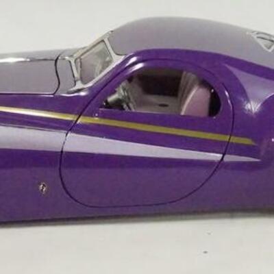 1055FRANKLIN MINT PRECISION MODEL 1:24 SCALE 1939 DUESENBERG COUPE SIMONE DIE CAST MODEL CAR.