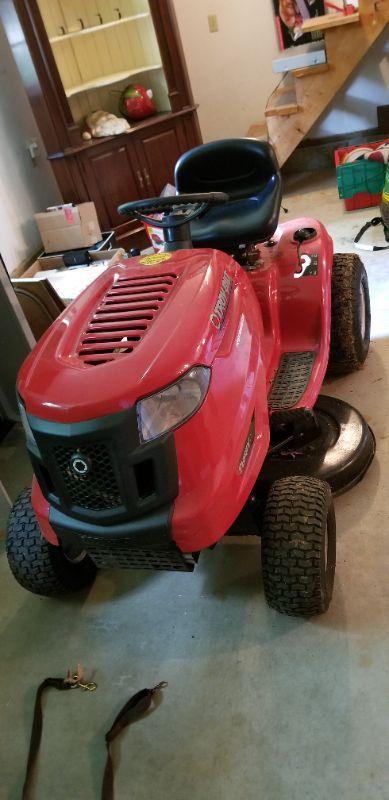 troy bilt tuffy lawn tractor