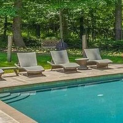 4 x Chaise Lounge pool/patio furniture