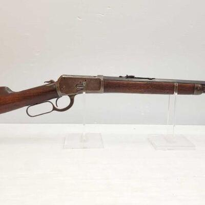 #606 • Winchester 1892 .32 WCF Lever Action Rifle. Barrel Length: 19