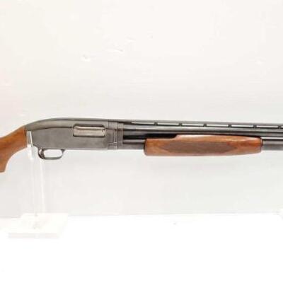 #710 • Winchester 12 12 GA Pump Action Shotgun SERIAL NO. 1481371 BARREL LENGTH 26