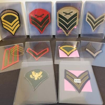 Includes 25 military badges ranging from WW1 thru the Vietnam War. https://ctbids.com/#!/description/share/955265