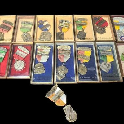 Shooting medals from Ohio, Chattanooga, Cuyahoga, Cleveland, Michigan, Roseland and more. All medals and ribbons are in good condition,...