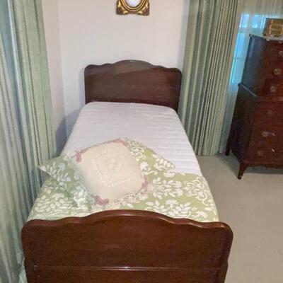 SOLD Twin Bed + Mattress/Box
