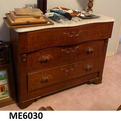 ME6030: White Marble Top Chest of Drawers