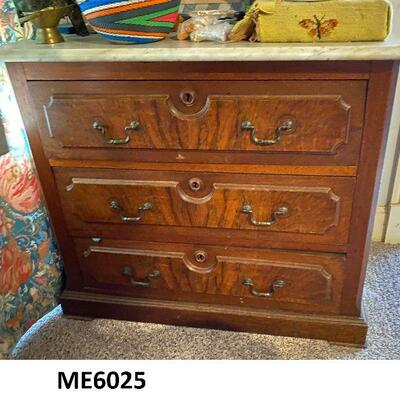 ME6025: Marble top Chest of Drawers