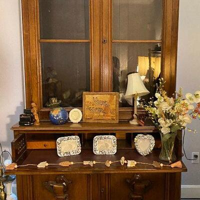 ME6017: Secretary desk with Bookshelf