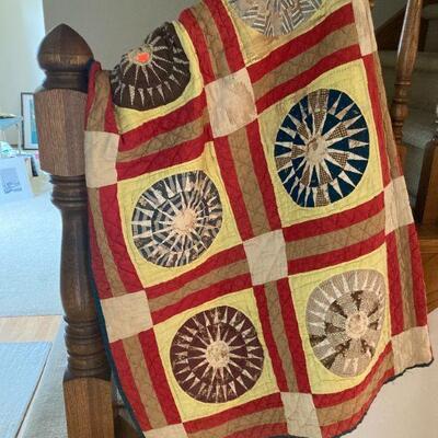Nice, early quilt ( homespun fabric)
