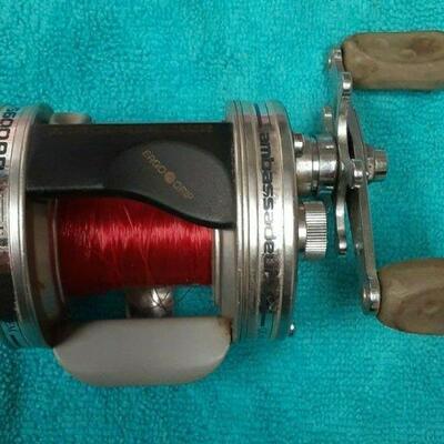 https://www.ebay.com/itm/114889016507EL3027 USED ABU GARCIA AMBASSADEUR 6600AB BAITCAST FISHING REEL
