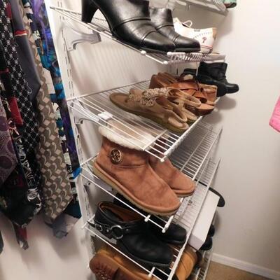 Designer Men's Shoes & Women's Handbags Men's Burberry Coats