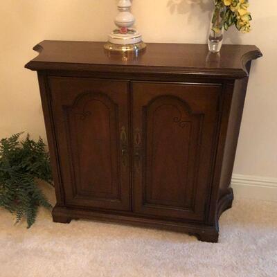 https://www.ebay.com/itm/124856472457KG0023 Wooden Hall Cabinet Local PickupBuy-It-Now $149.99