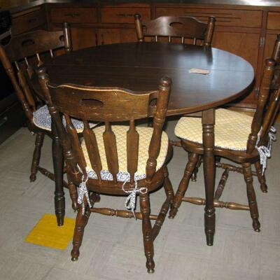 kitchen table, chairs and leaves   BUY IT NOW $ 165.00