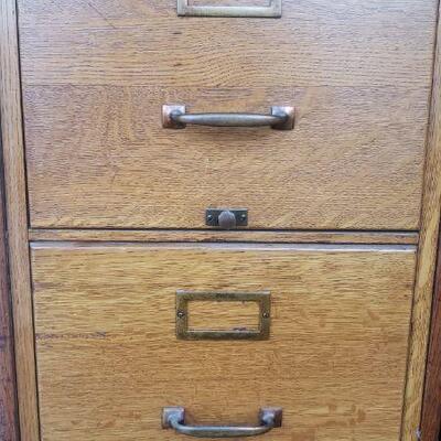 Oak 4 drawer file cabinet
