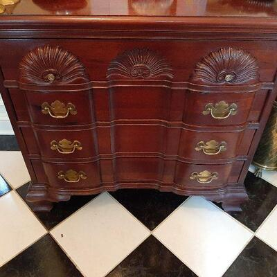 4 drawer console by Wellington Asking $250.00