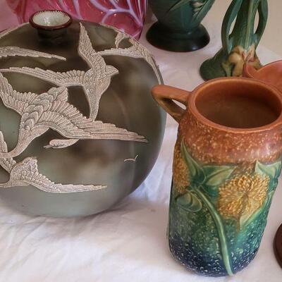 Antique NIPPON Japan art pottery vase.
