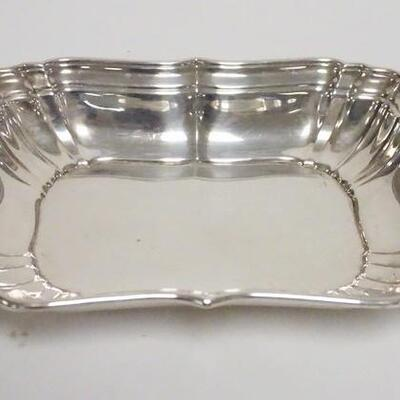 1050GORHAM STERLING SILVER SERVING BOWL, 10 1/4 IN X 7 3/4 IN, 17.175 TOZ