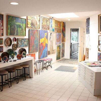 Artist's Residence in Brentwood