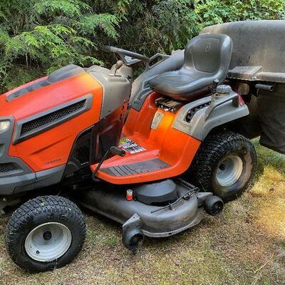 Husqvarna Riding Mower / Tractor