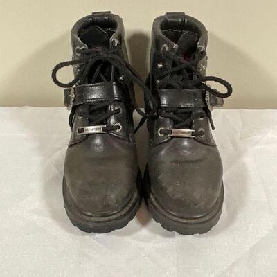 Womens Harley Davidson Boots - size 6