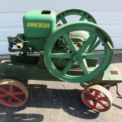 John Deere Type E 1 1/2 hp hit and miss engine with cart