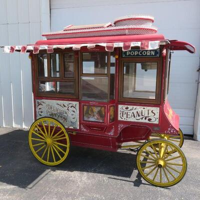 Cretor Model C replica functional popcorn wagon by Antique Popcorn Wagons Chicago #003