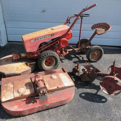 Gravely Super Convertible tractor with attachments 74043
