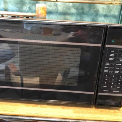 Magic Chef microwave $20