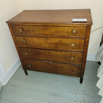 TIGER MAPLE CHEST OF DRAWERS 18TH CENTURY MARYLAND