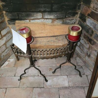 IRON FIREPLACE GRATE AND BRASS ANDIRONS