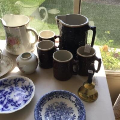 Crooksville Burley & Winter Pottery pitcher and set of 4 tankards.
