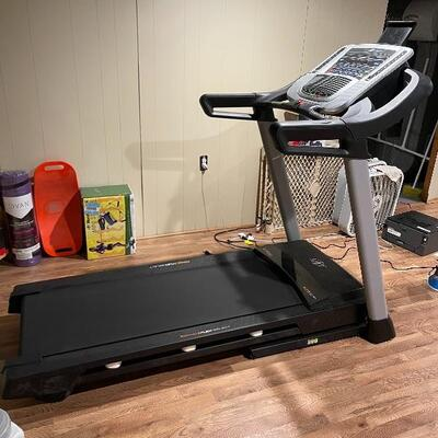 Nordictrack Treadmill C700 Item #1024 Price; $450