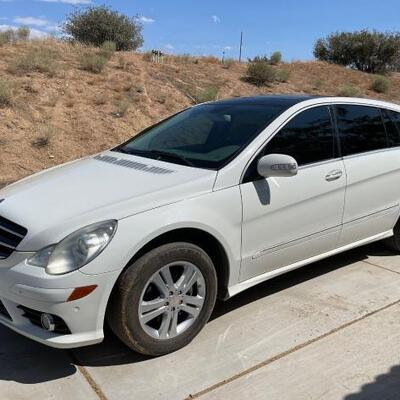 2009 Mercedes Benz R350 Wagon See Video!!  CURRENT SMOG  Year: 2009 Make: Mercedes-Benz Model: R-Class Vehicle Type: Multipurpose Vehicle...