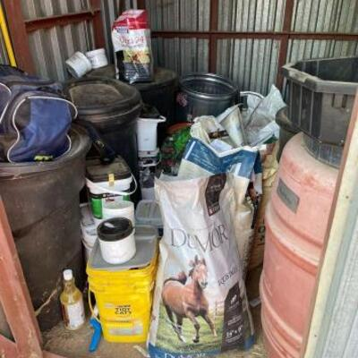 1200: 1200  Feed Entire Contents of Shed
