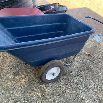 1150  Plastic Wheelbarrow Plastic Wheelbarrow