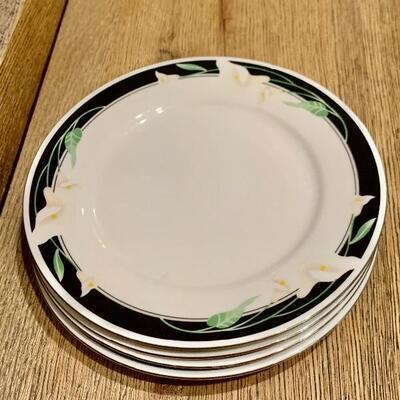 Set of Majesty Collection Black Fantasy Plates