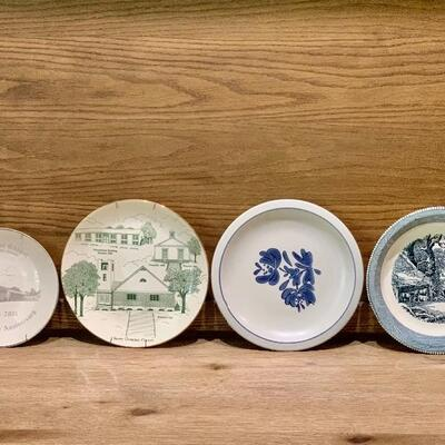 (4) Collectable Plates