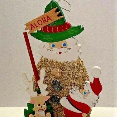 https://www.ebay.com/itm/124963822022NC522 VINTAGE EMQEE CORP HAWAII CHRISTMAS ORNAMENT SANTA SNOWMAN IN SANDAuction Starts 10/22/2021...