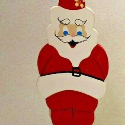 https://www.ebay.com/itm/124963822027NC532 VINTAGE EMQEE CORP HAWAII CHRISTMAS ORNAMENT BAREFOOT SANTAAuction Starts 10/22/2021 10 PM