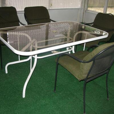 table and chairs   buy it now $ 145.00