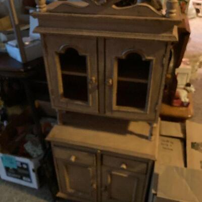 Doll cupboard