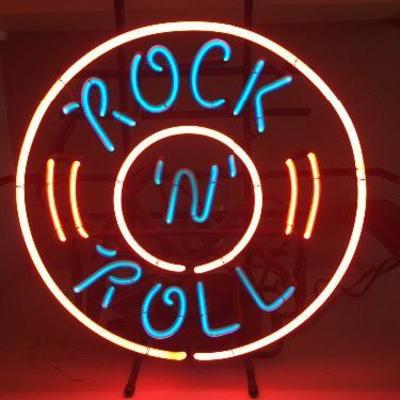 Rock 'N' Roll neon sign