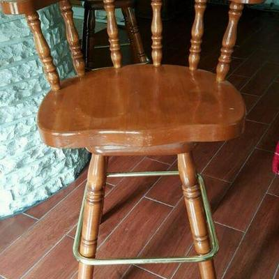 Barstool Set of 4  WWW.CTOnlineauctions.com/HouGulfTX